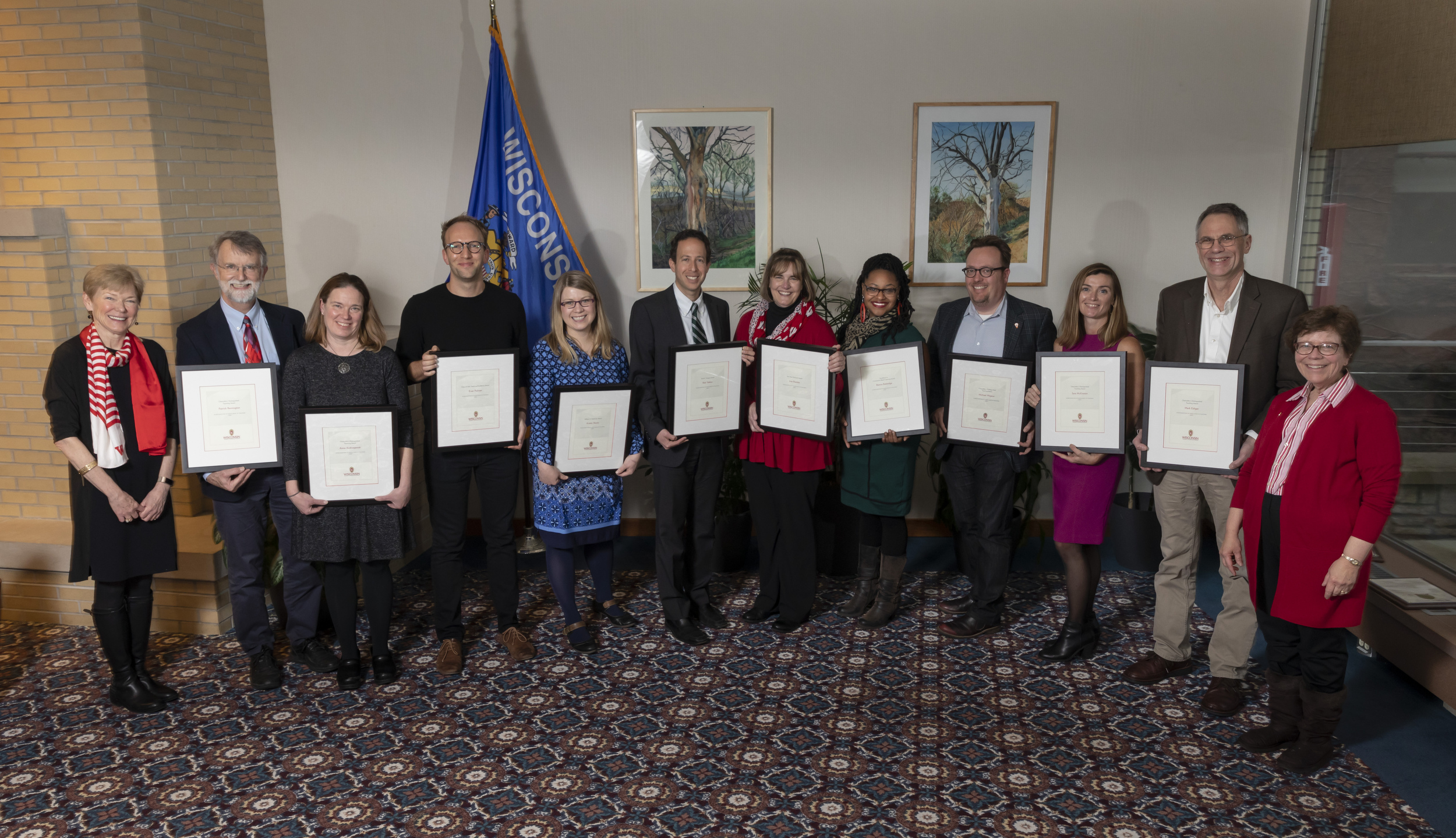Photo of 2019 DTA award recipients with Provost and Chancellor
